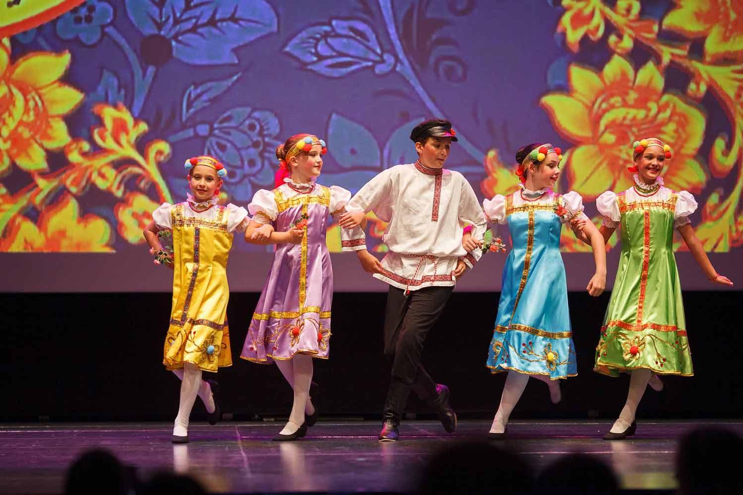 Детские танцевальные группы