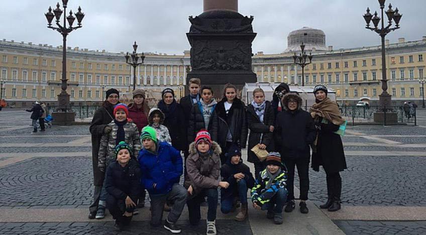 """Voyage des élèves """"Matriochka"""" à Saint-Pétersbourg en octobre 2016"""